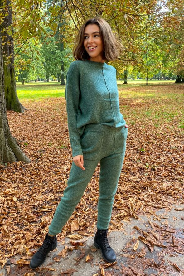 Set trousers+pullover